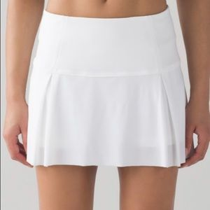 NEW LULULEMON LOST IN PACE SKIRT